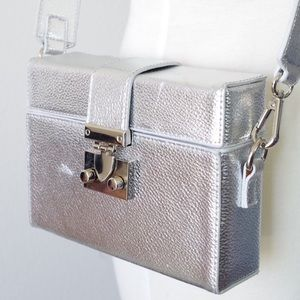 UO METALLIC HARD CASE CROSS BODY PURSE